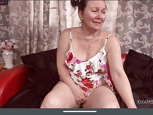 Passionate granny, fully bare tits, wooly pussy