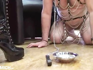 Grandfather lick boots of German Mistress