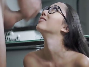 Asian babe gets fucked in the office